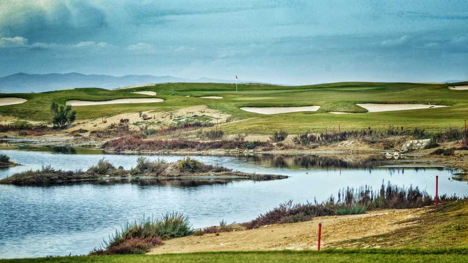 One of the trickier par 3's at the Residence Golf Course.