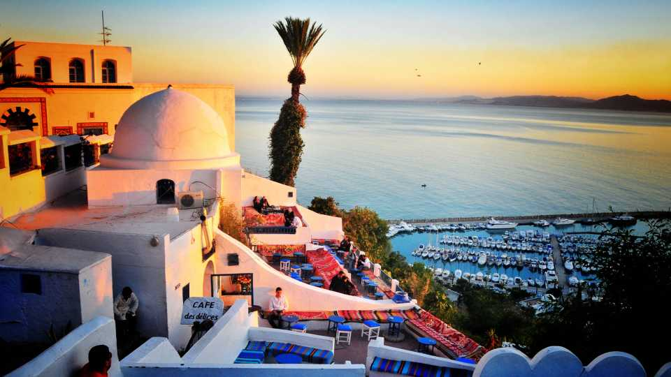 Enjoy the sunset at the cafe at the top of Sidi Bou Said.