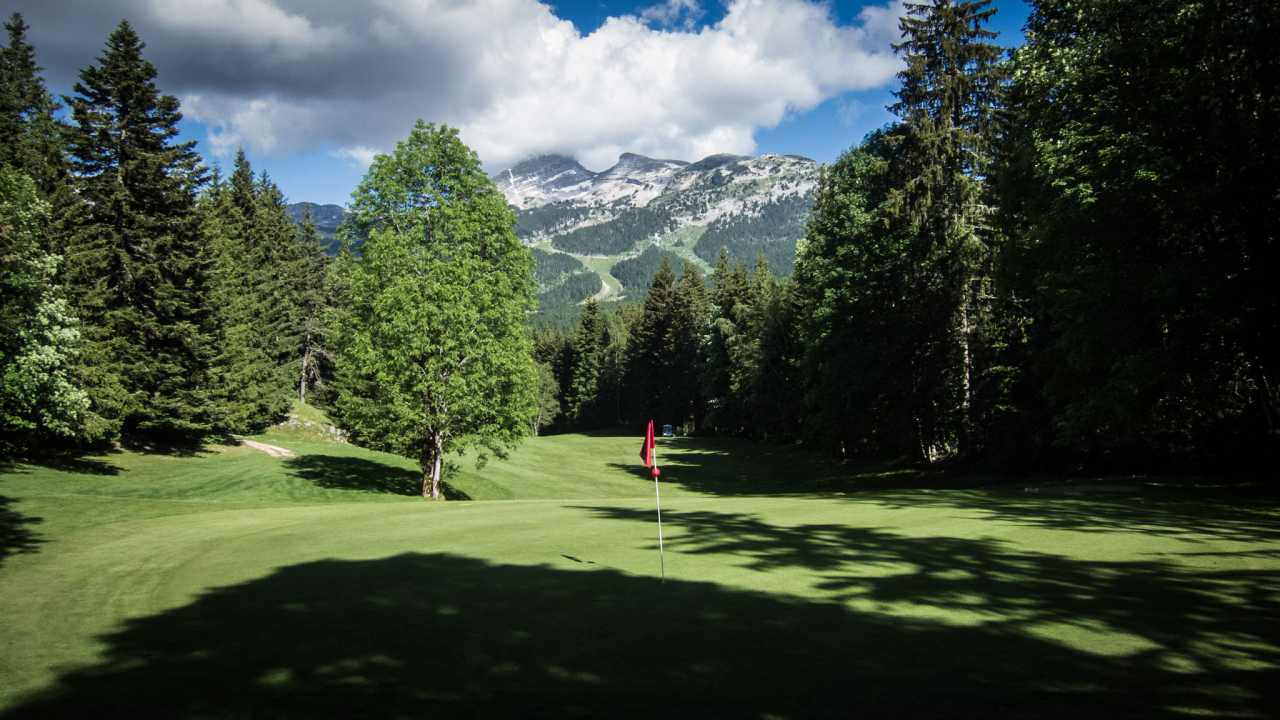 Golf de Corrençon en Vercors, France